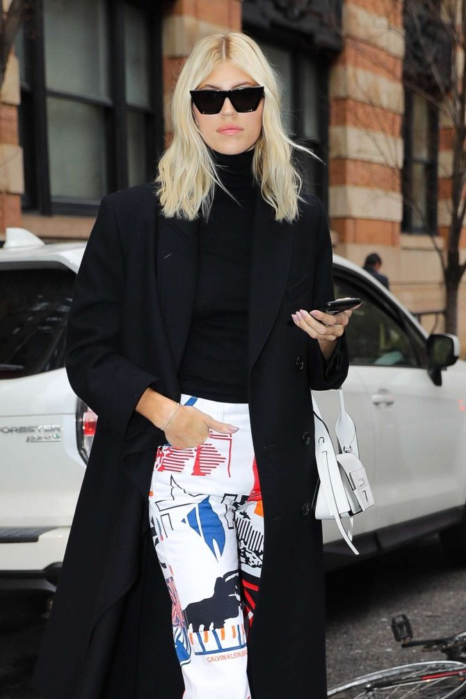 Devon Windsor - Out and about in New York
