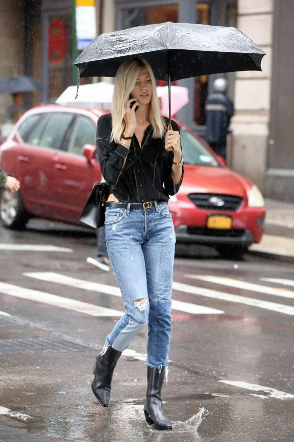 Devon Windsor - Out in New York