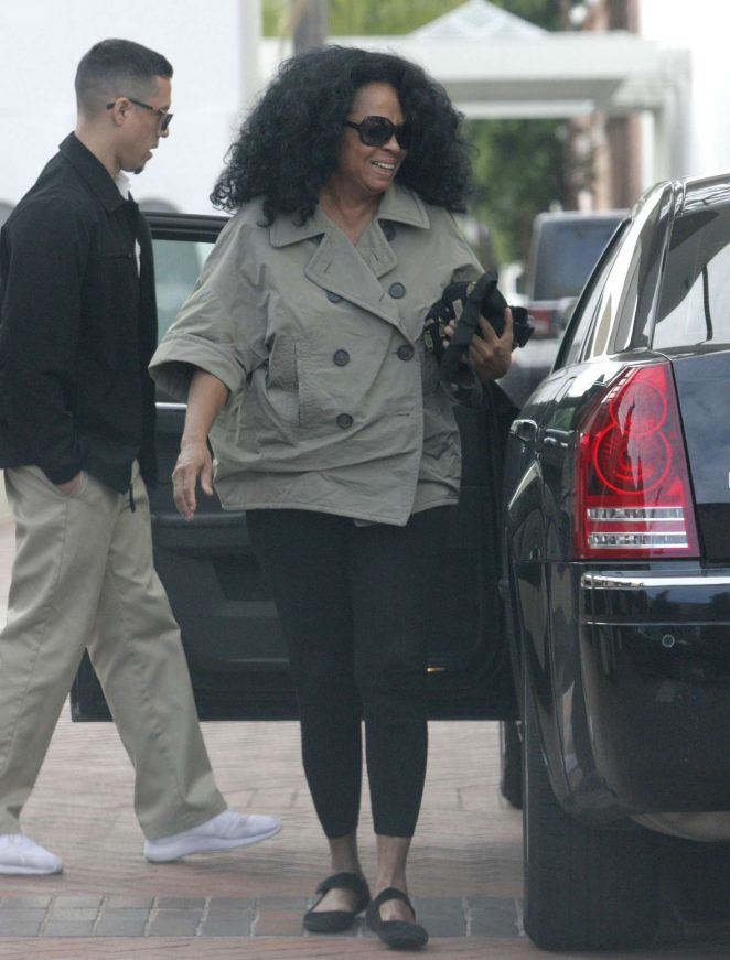 Diana Ross in Tights Shops at Neiman Marcus in Beverly Hills