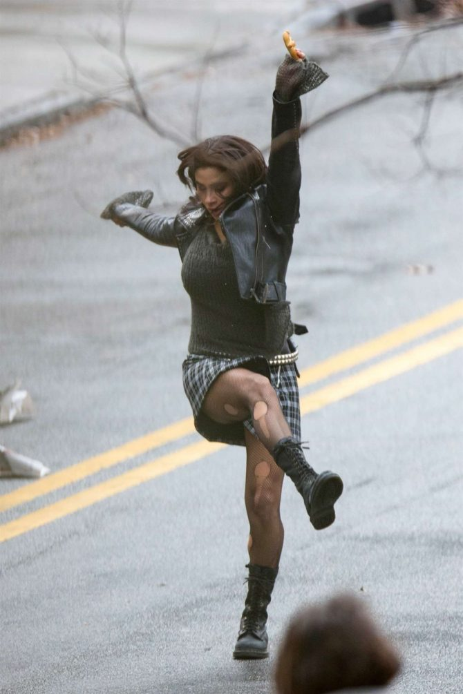 Diane Guerrero: On set for Doom Patrol -01