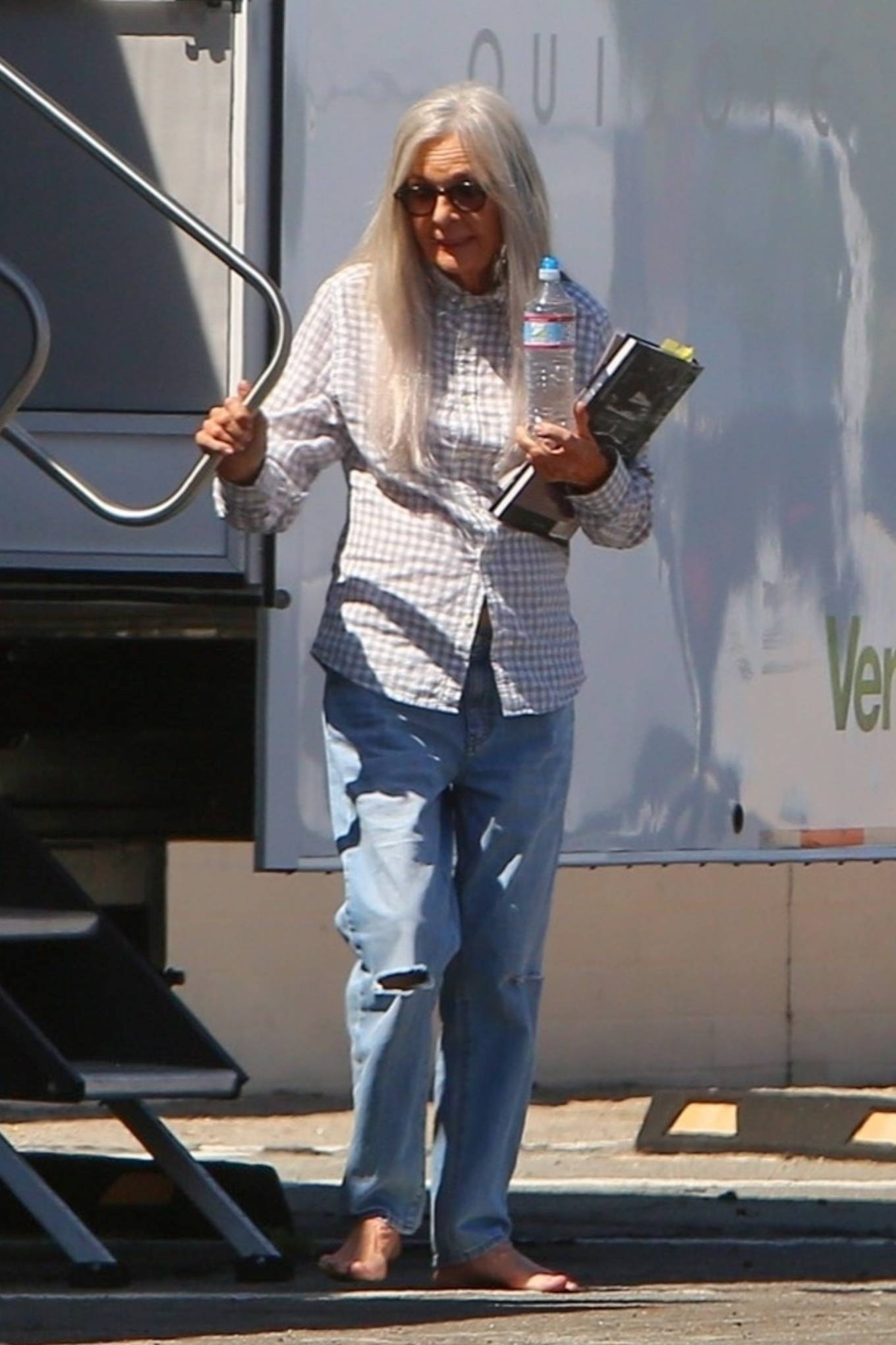 Diane Keaton - Grabs ice cream while taking a break from filming 'Mack and Rita' in Palm Springs