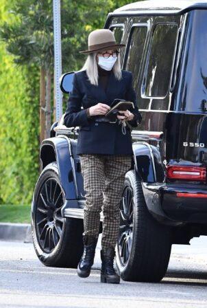 Diane Keaton - Heads to dinner in Los Angeles