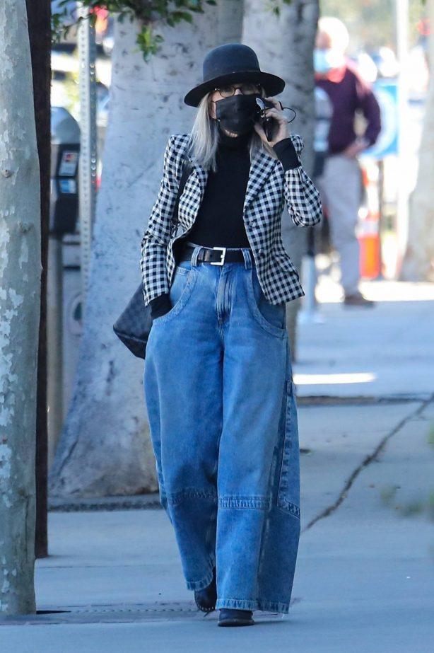 Diane Keaton - Running errands in Brentwood