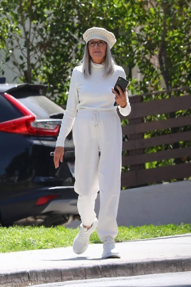 Diane Keaton - Seen during a break while filming scenes for 'Mack and Rita' in Los Angeles