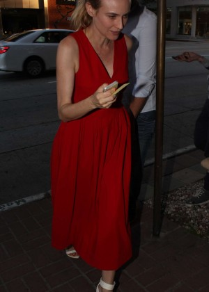Diane Kruger at Mateo Restaurant in Beverly Hills