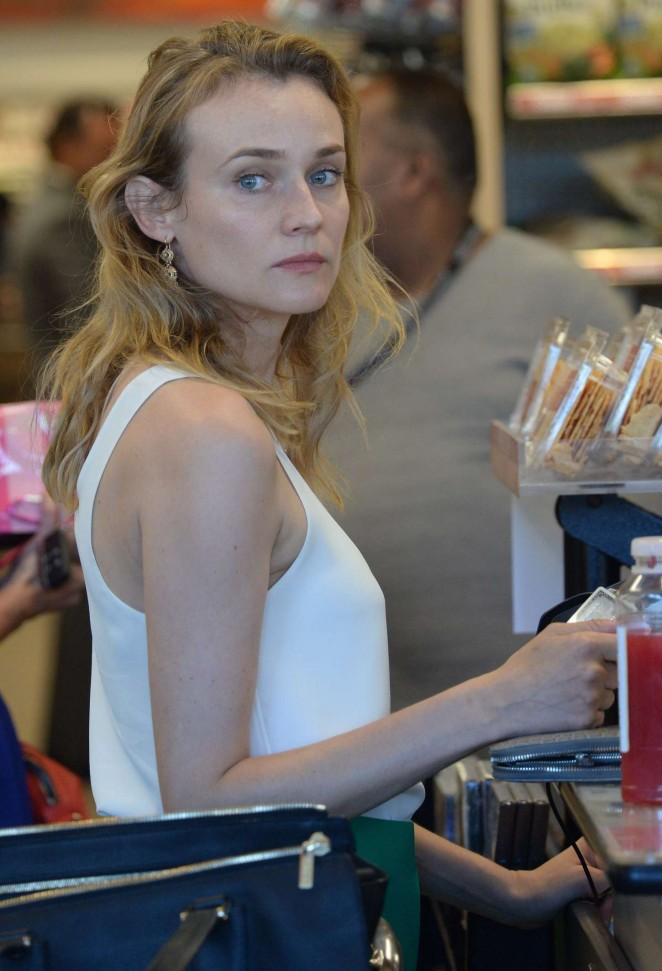 Diane Kruger at Whole Foods Market in Brentwood
