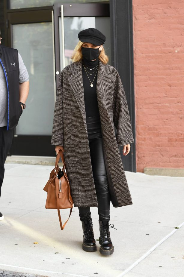 Diane Kruger - Leaving a photoshoot in New York City