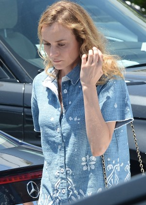 Diane Kruger - Leaving Fred Segal Cafe