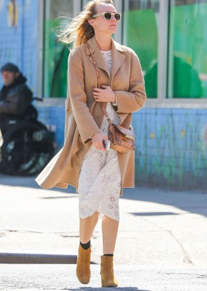Diane Kruger in White Dress -06