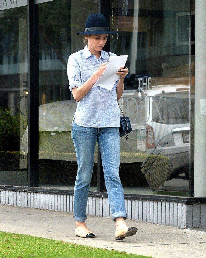 Diane Kruger in Tight Jeans -09