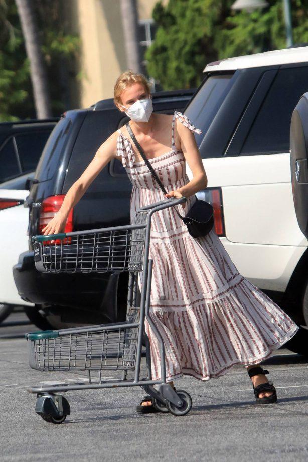 Diane Kruger - Seen at Bristol Farms in Los Angeles