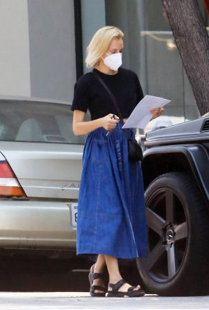 Diane Kruger - Shopping candids in Los Angeles