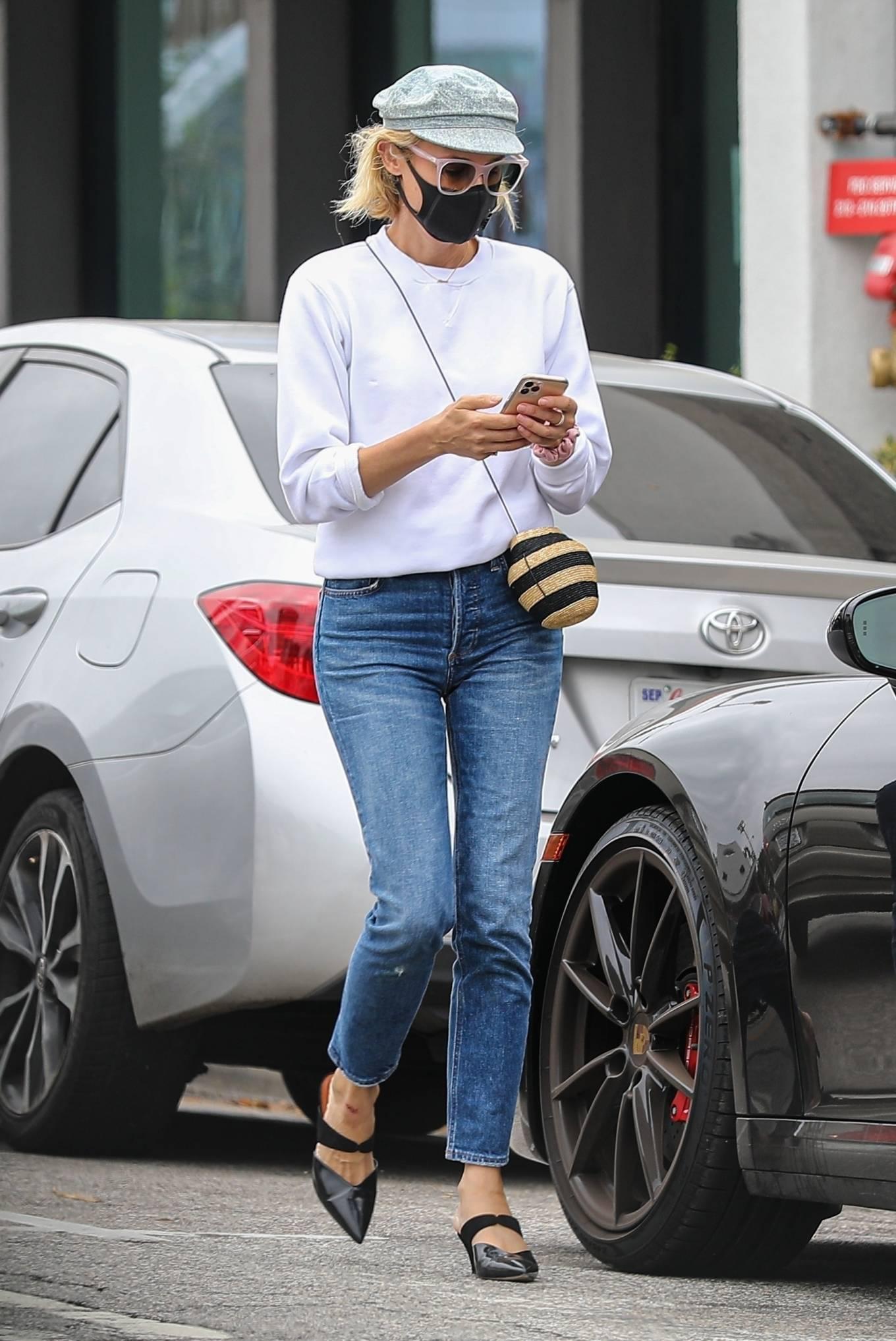 Diane Kruger - Shopping in Brentwood