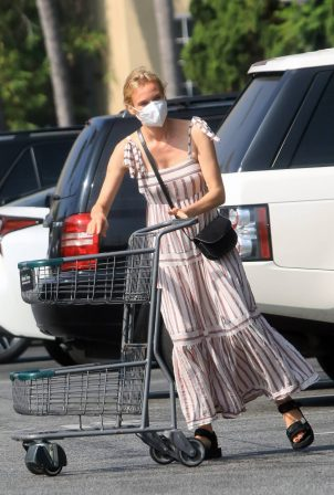 Diane Kruger - Shopping in Los Angeles