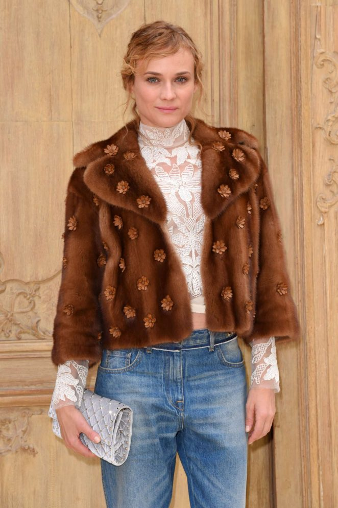 Diane Kruger - Valentino Fashion Show SS17 in Paris