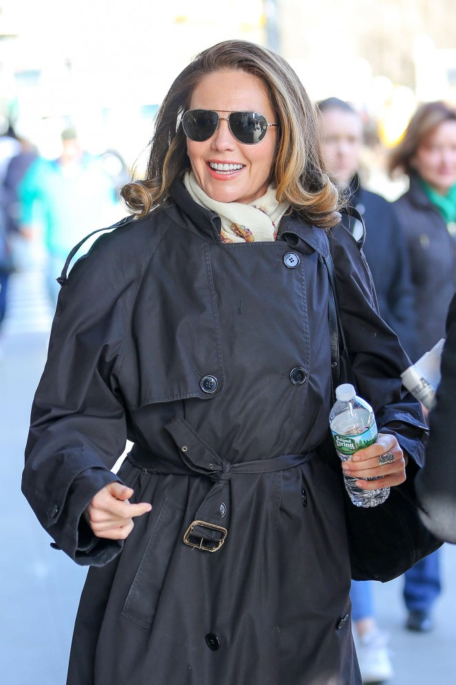 Diane Lane - Arrives at her hotel in New York City
