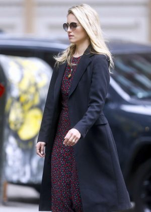 Dianna Agron out in Soho