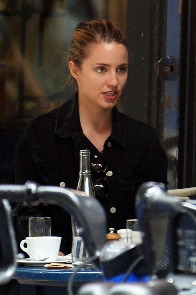 Dianna Agron Out to Lunch in New York City