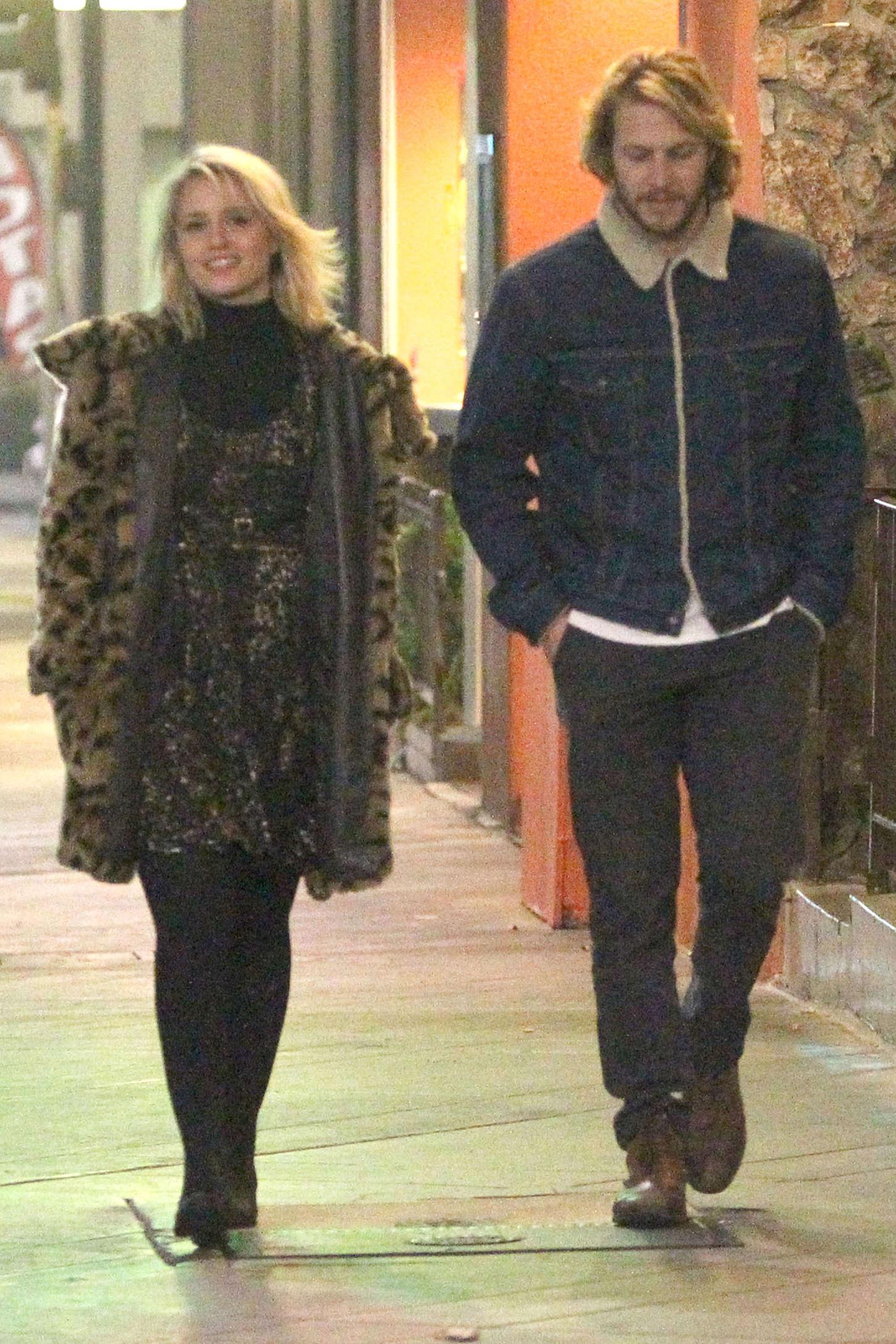 Dianna Agron With her Boyfriend -15 – GotCeleb