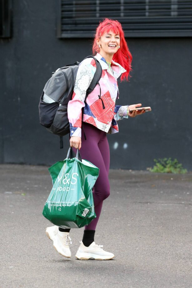 Dianne Buswell - Leaving the studio in London