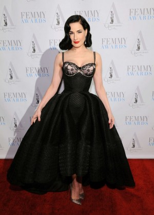 Back to post Dita Von Teese – 2016 FEMMY Awards in New York City