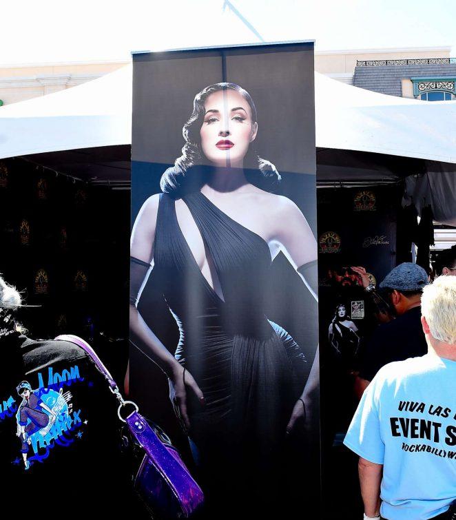 93cc8462034b Dita Von Teese  20th Viva Las Vegas Rockabilly car show 2017 -05 ...