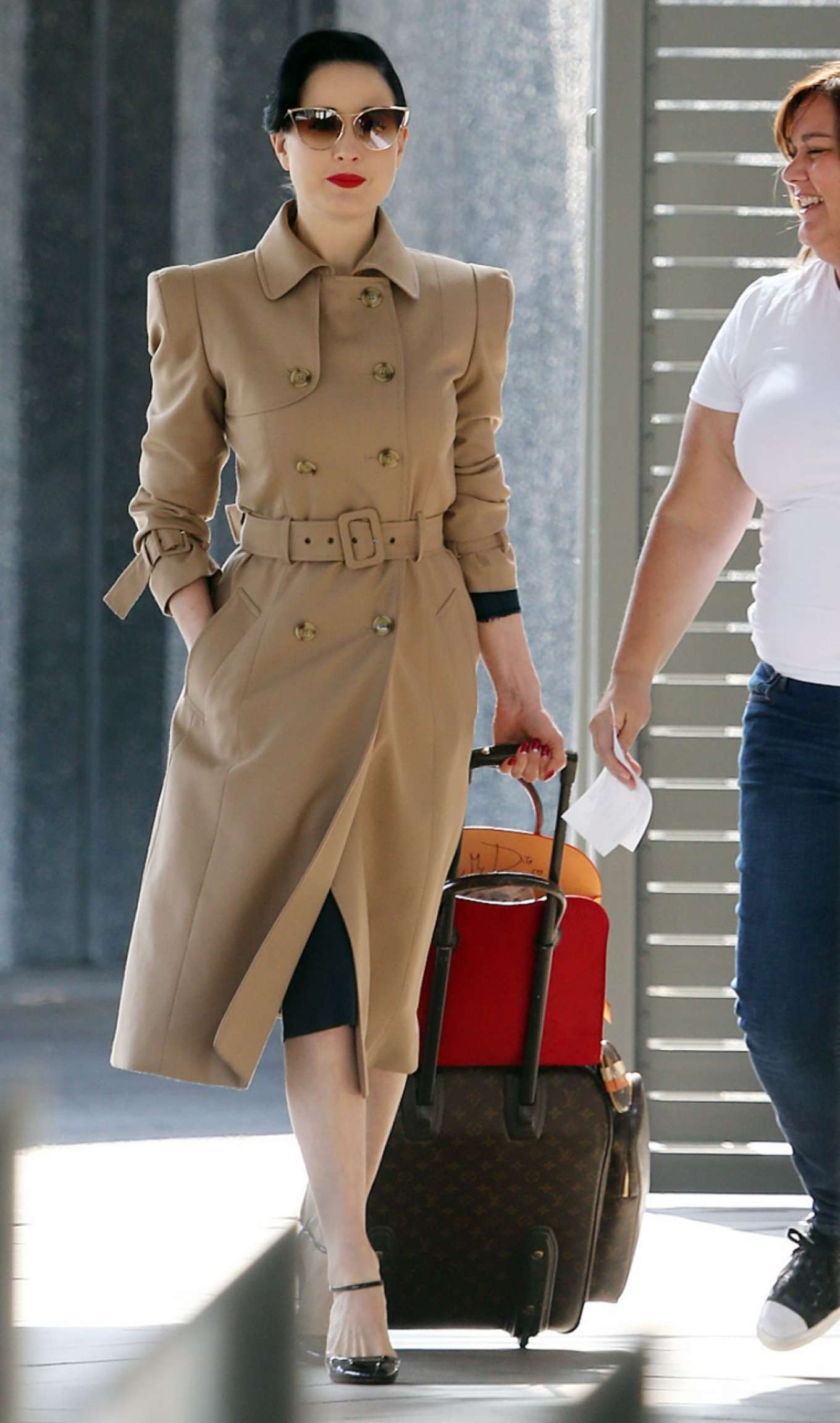 fe76c6c1e0f3 Dita Von Teese  Arrives at Perth Airport -02 – GotCeleb