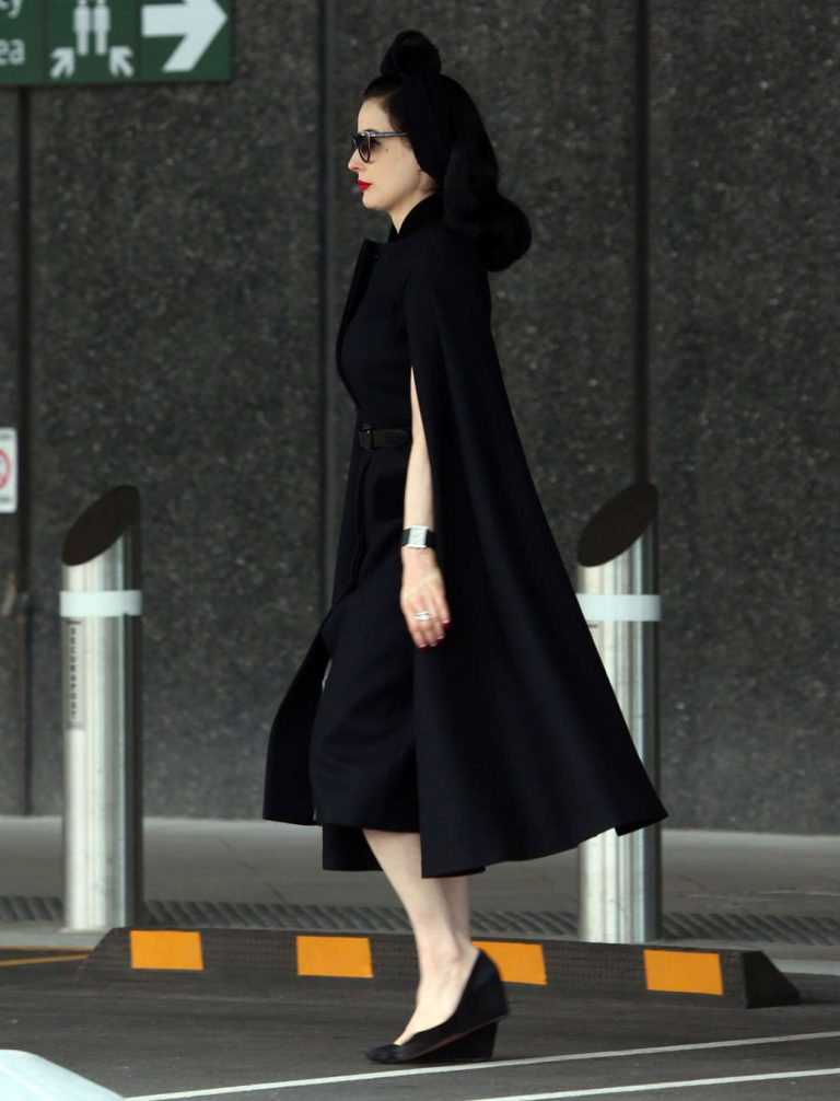 31d5b85f2957 Index of  wp-content uploads photos dita-von teese-at-airport-in-perth