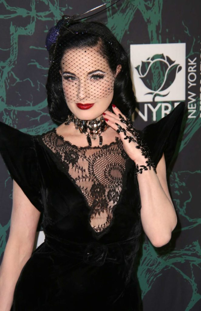 Dita Von Teese - Bette Midler's Hulaween Benefiting the NY Restoration Project in NYC