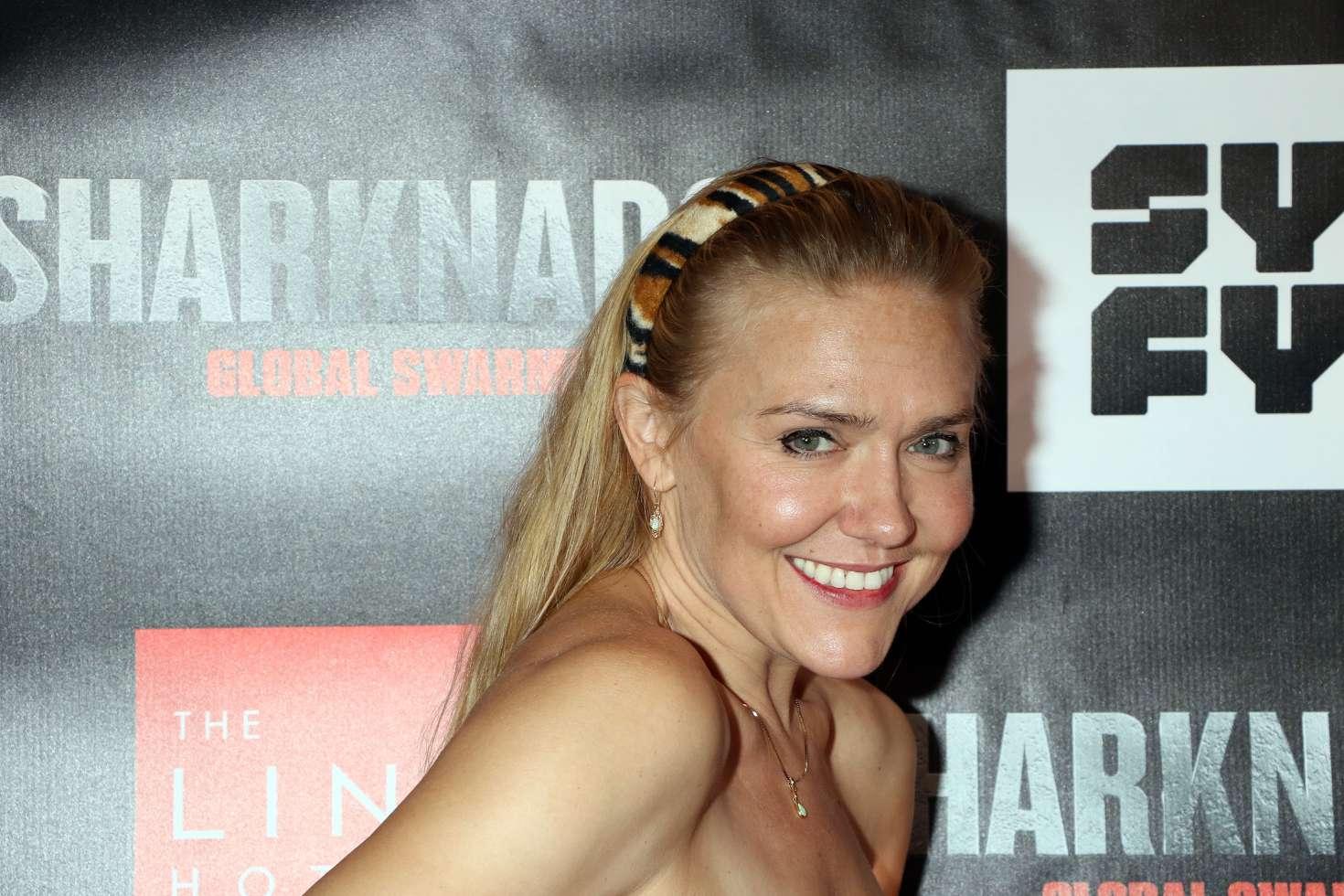 Nora Swinburne,Lark Voorhies born March 25, 1974 (age 44) XXX nude Charito de Leon (b. 1939),Olivia Cole