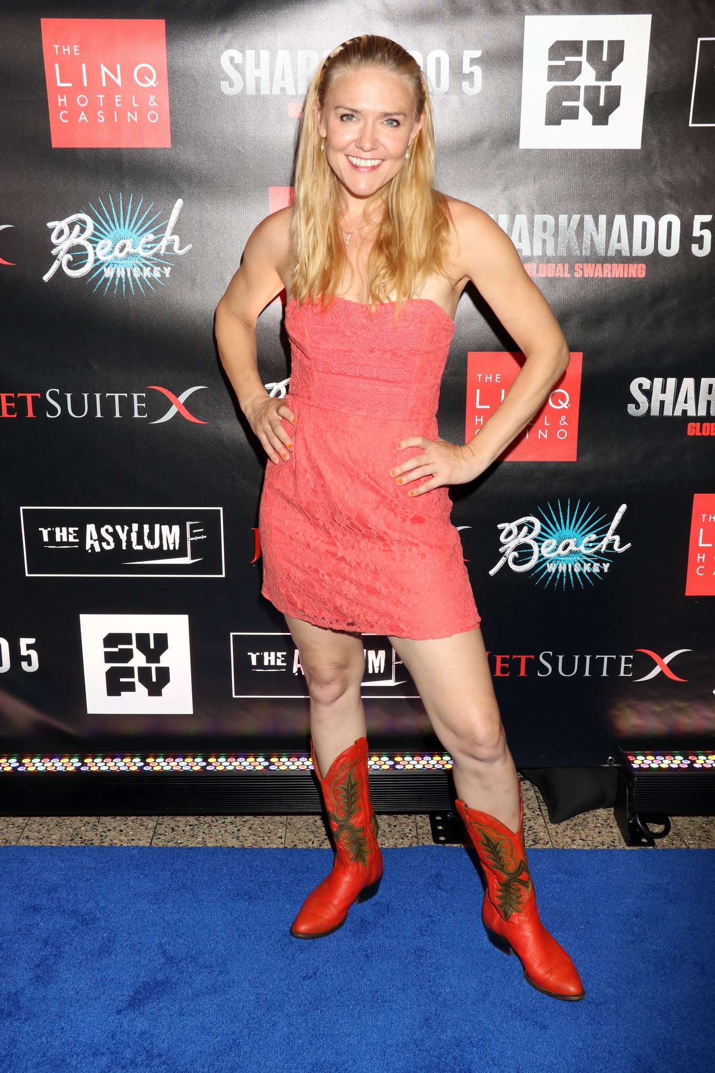 Dominique Swain Sharknado 5 Global Swarming Premiere 14