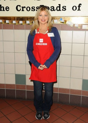 Donna D'errico - Los Angeles Mission Thanksgiving For The Homeless in LA