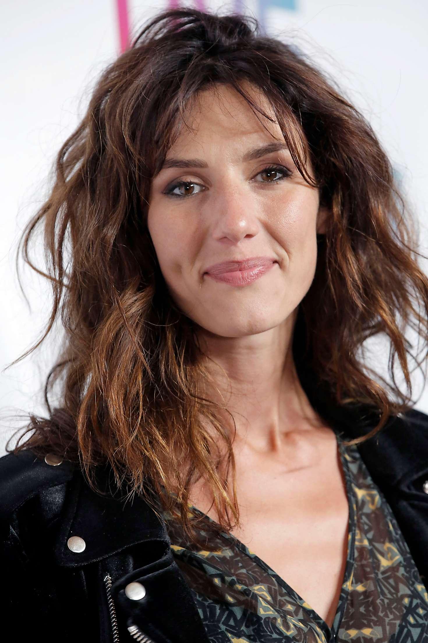 Doria Tillier 2018 : Doria Tillier: Etam Fashion Show in Paris -02