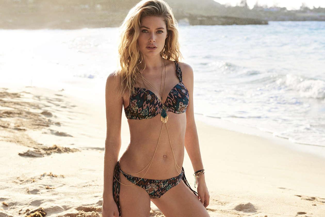 Doutzen Kroes Bikini Photoshoot   Doutzen-Kroes-Bikini-Photoshoot--04