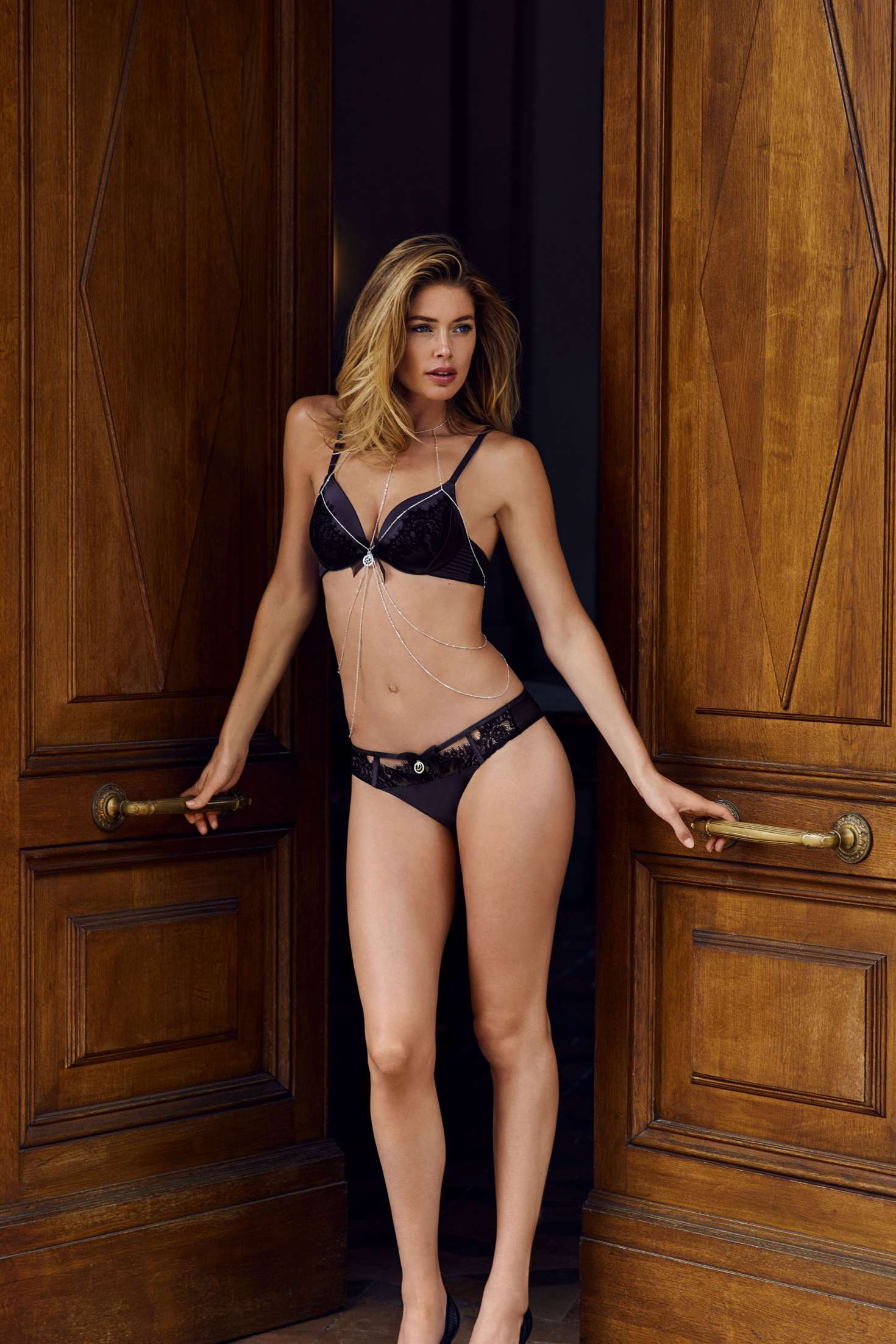 Doutzen Kroes – Hunkemoller Photoshoot 2016   Doutzen-Kroes:-Hunkemoller-Photoshoot-2016--16