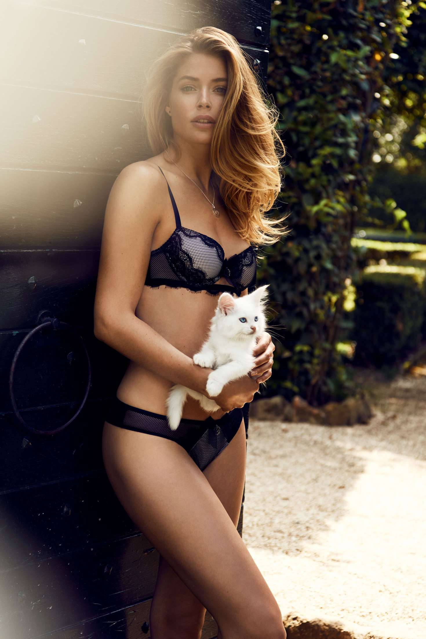 Doutzen Kroes – Hunkemoller Photoshoot 2016   Doutzen-Kroes:-Hunkemoller-Photoshoot-2016--22