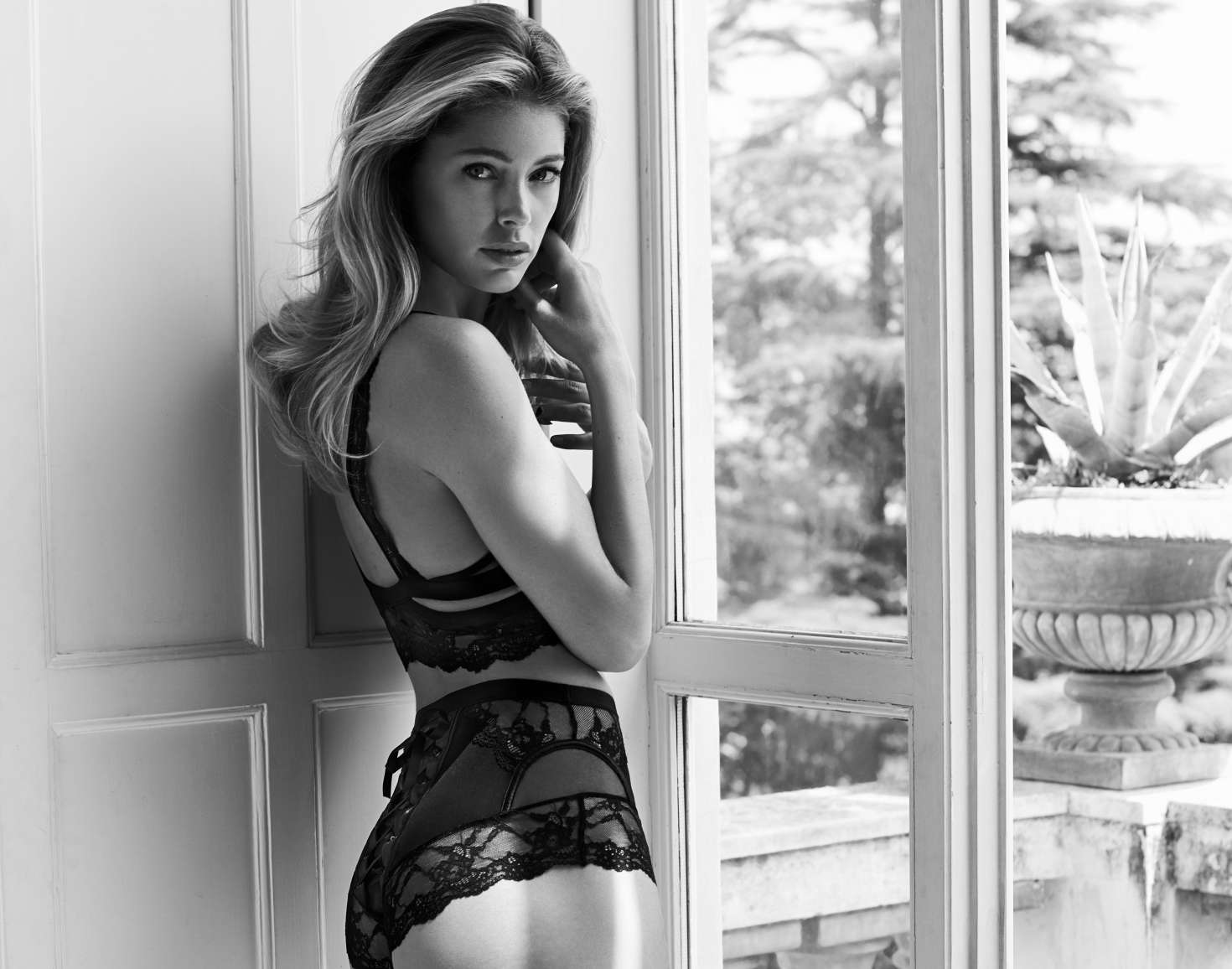 Doutzen Kroes – Hunkemoller Photoshoot 2016   Doutzen-Kroes:-Hunkemoller-Photoshoot-2016--27