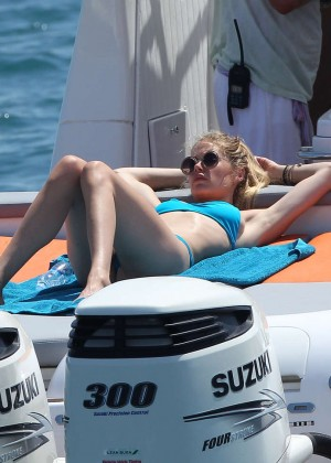 Doutzen Kroes in Blue Bikini -14