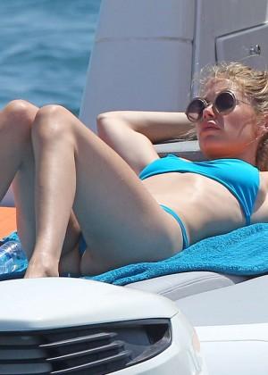Doutzen Kroes in Blue Bikini -24