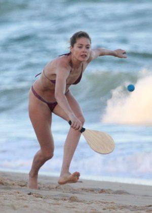 Doutzen Kroes in Bikini on Bahia beach in Brazil Pic 4 of 35