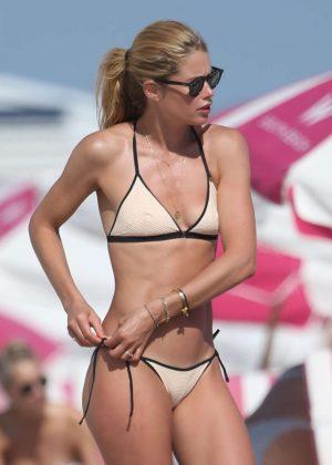 Doutzen Kroes in Bikini on the Beach in Miami