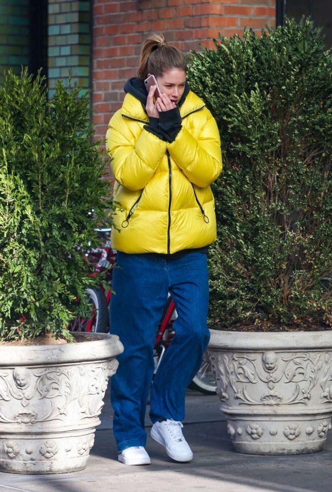 Doutzen Kroes in Yellow Jacket -03