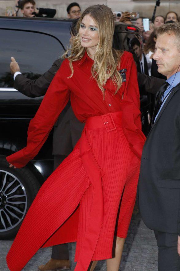 Doutzen Kroes 2019 : Doutzen Kroes – LOreal Paris Fashion Show SS 2020 at Paris Fashion Week-11