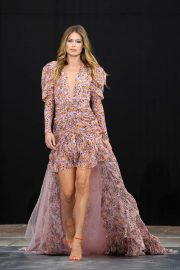 Doutzen Kroes - 'Le Defile L'Oreal Paris' Show at Paris Fashion Week