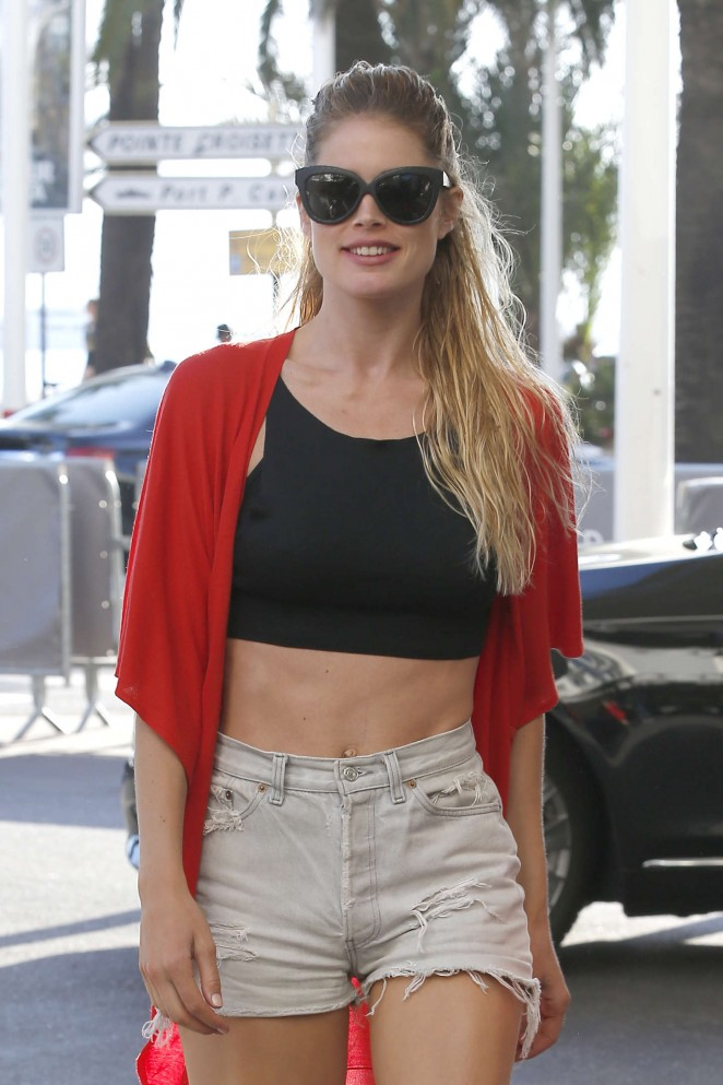 Doutzen Kroes in Shorts Leaving the Hotel Martinez in Cannes