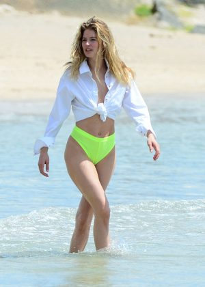 Doutzen Kroes on a Photoshoot at the beach in Bal Harbour