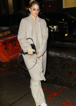 Doutzen Kroes - Returns to her hotel in New York