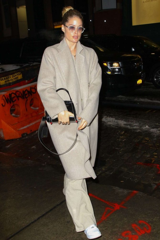 Doutzen Kroes – Returns to her hotel in New York
