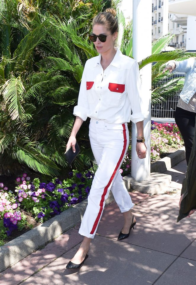 Doutzen Kroes - Seen Out And About In Cannes