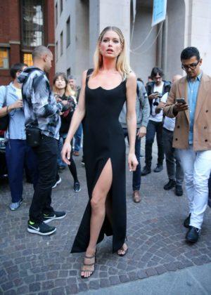 Doutzen Kroes - Seen outside the Versace show at 2017 Milan Fashion Week